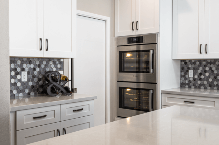 Duel Oven, Backsplashes and Cabinets - Weeks and Mitchell Home Remodeling
